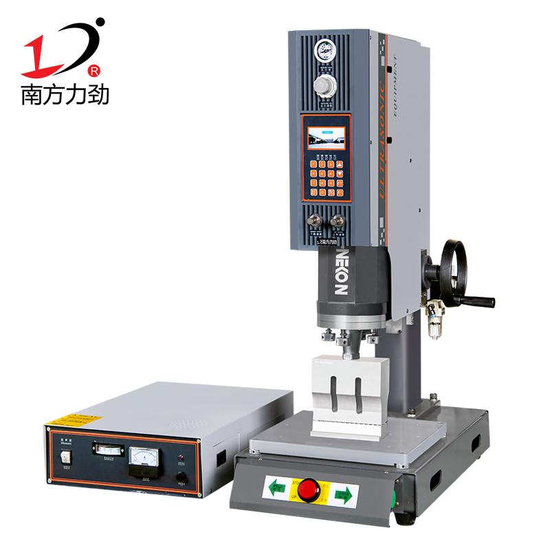 15K方立柱超声波塑料焊接机